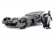 Batman v Superman: Dawn of Justice - Batmobile 1:24 with Batman