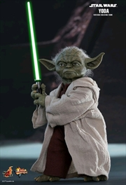 Star Wars - Yoda Episode II Attack of the Clones 1:6 Scale Action Figure | Merchandise