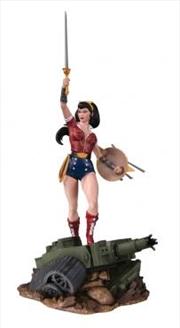 Wonder Woman Deluxe Statue