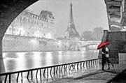 Paris - Eifel Tower Kiss