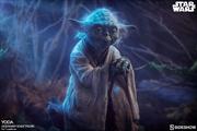 Star Wars - Yoda Legendary Scale Statue