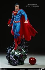 Superman - Superman Premium Format 1:4 Scale Statue