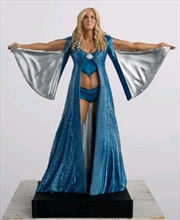 WWE - Charlotte Flair 1:16 Scale Figure & Magazine