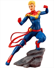 MARVEL UNIVERSE Captain Marvel Statue