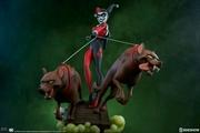 Batman The Animated Series - Harley Quinn Statue | Merchandise