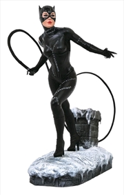 Batman Returns - Catwoman PVC Statue | Merchandise