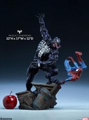 Spider-Man - Spider-Man vs Venom Maquette | Merchandise