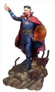 Avengers 3: Infinity War - Doctor Strange PVC Figure | Merchandise