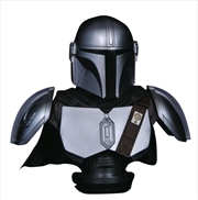 Star Wars: The Mandalorian - Mandalorian in Beskar Armor 1:2 Scale Bust | Merchandise