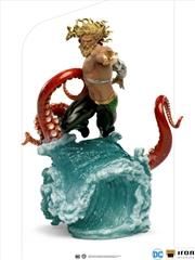 Aquaman - Aquaman Deluxe 1:10 Scale Statue   Merchandise