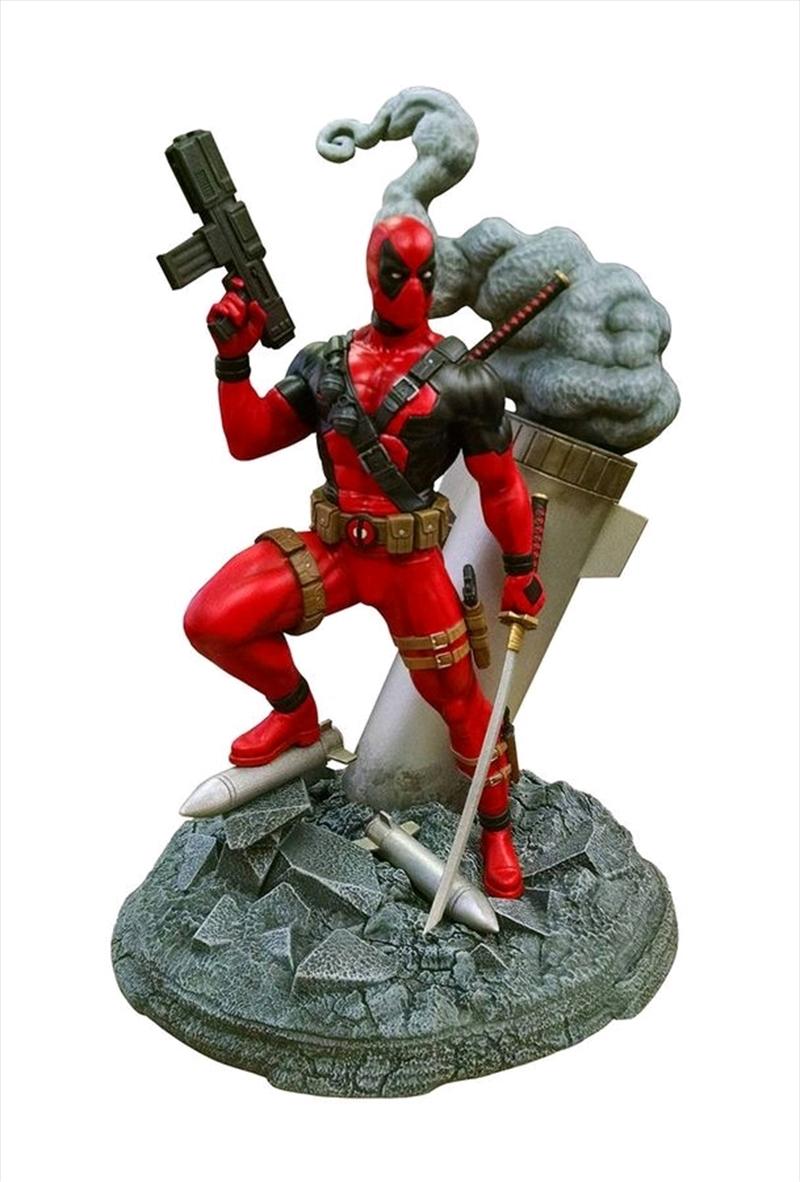 Deadpool - Deluxe Model Kit | Merchandise