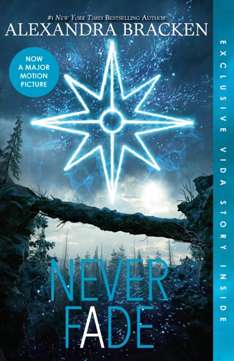 Never Fade: The Darkest Minds, Book 2   Paperback Book