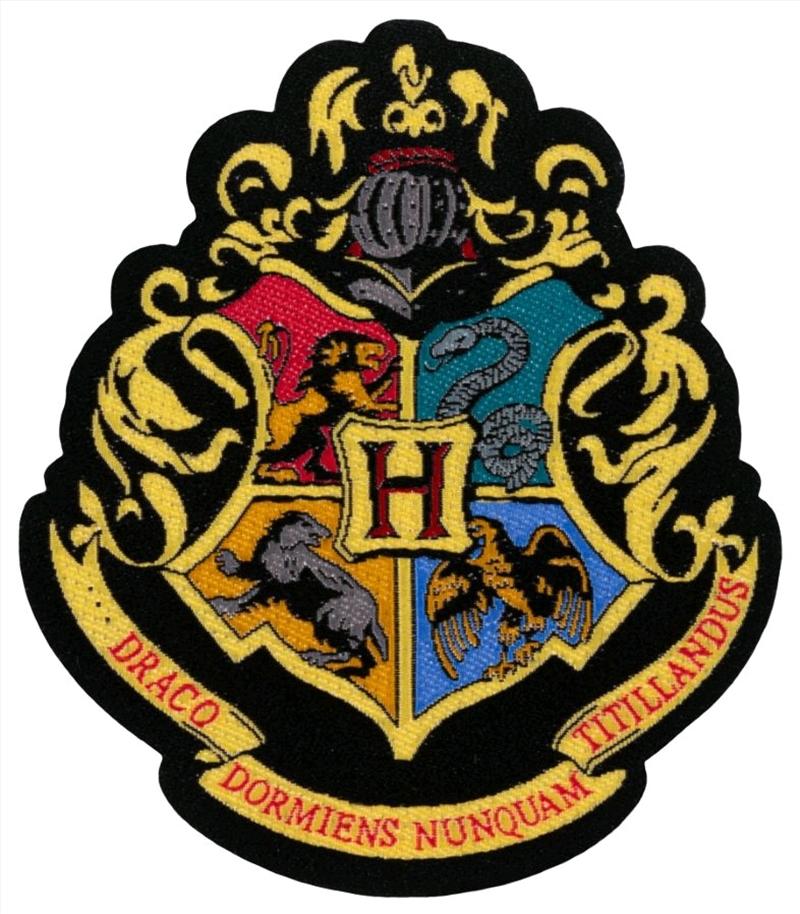 Harry Potter - Hogwarts Crest Patch   Merchandise