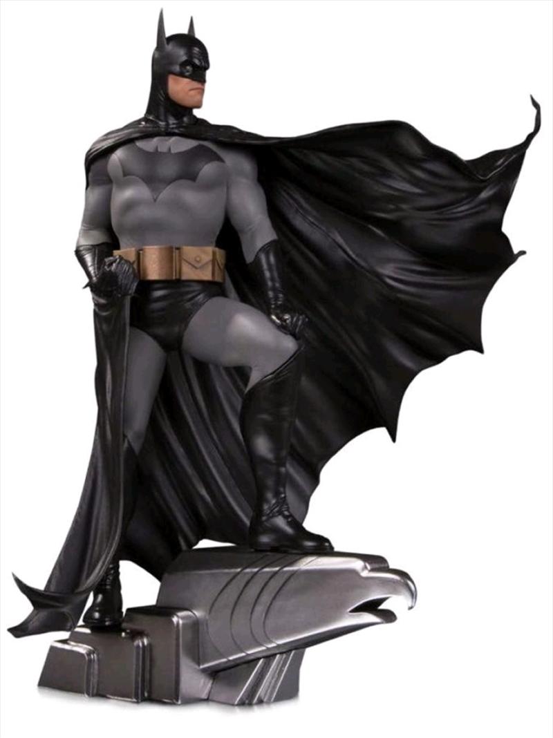 Batman - Batman by Alex Ross Deluxe Designer Statue | Merchandise