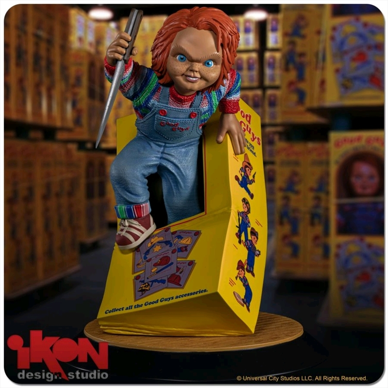Child's Play - Chucky Breaking Free From Box PVC Statue   Merchandise